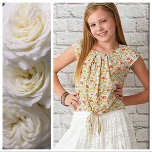435 by Matilda Jane Floral Tie Front Top Size 10
